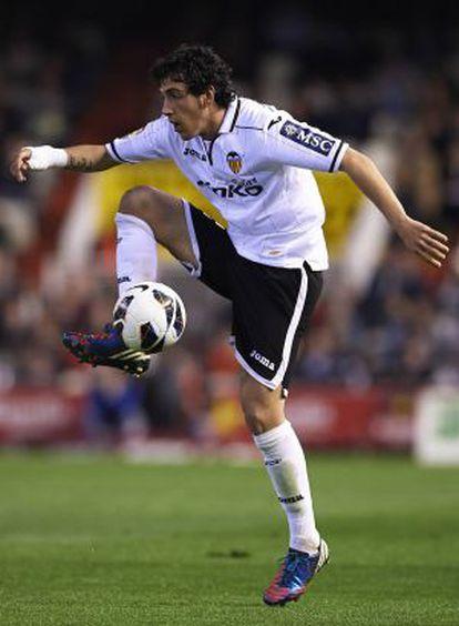 Parejo, en el encuentro contra el Valladolid, en Mestalla.
