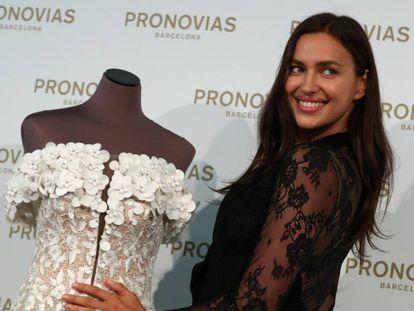 Irina Shayk este domingo en la sede de Pronovias