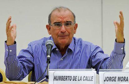 Humberto de la Calle, en una rueda de prensa en La Habana el 25 de agosto.