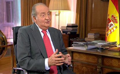 El Rey, durante un momento de la entrevista con motivo de su 75 aniversario.