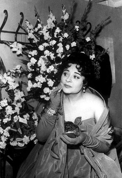Imagen de 1961, durante el estreno de <i>La Atlántida</i>, de Manuel de Falla.