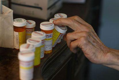 La polimedicación es uno de los riesgos de los mayores.