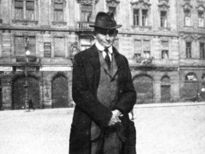 Franz Kafka, en Praga, en 1920.
