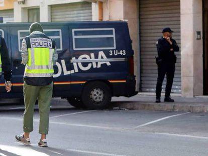 Una imagen de archivo de la Policía Nacional. EFE. En vídeo, entrevista a Fernando Lumbreras en la UPV