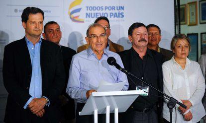 Humberto de la Calle encabeza la delegación colombiana en los diálogos de paz en La Habana.