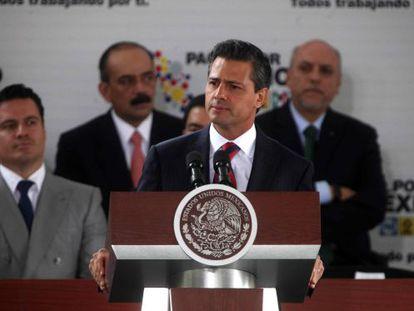 Peña Nieto promulgó el martes la reforma de la ley de telecomunicaciones.