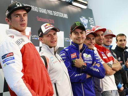 Redding, Bradl, Lorenzo, Márquez, Iannone, Miller y Zarco, en la conferencia de prensa del GP de Alemania.
