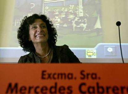 La ministra de Educación, Mercedes Cabrera.