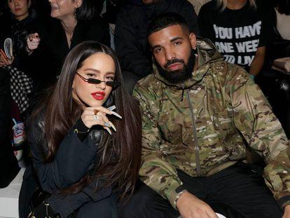 Drake, aquí con Rosalia en Tokio. Siempre con team Ronaldo
