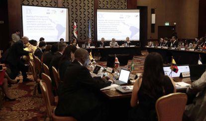 Las delegaciones de varios países en San José.