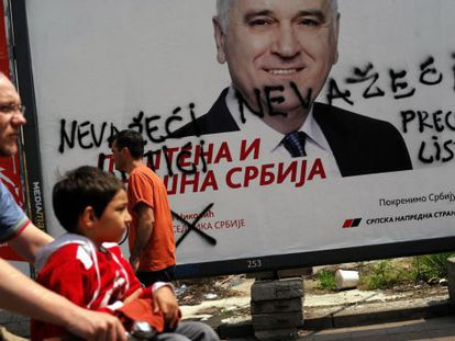 Cartel electoral de Tomislav Nikolic.