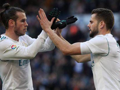 Bale y Nacho celebran el primer gol del Madrid.