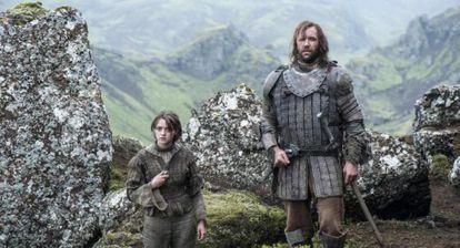 Arya y El Perro, una de las grandes parejas televisivas del año.