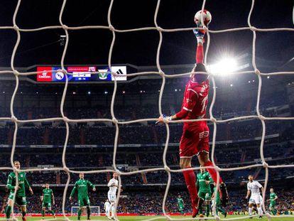 Champagne en el Bernabéu.
