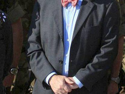 José María Castroviejo en 2008, cuando era embajador de España en Bosnia, durante una visita oficial al contingente militar español.
