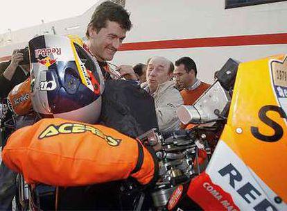 Coma, ganador ayer en la categoría de motos.