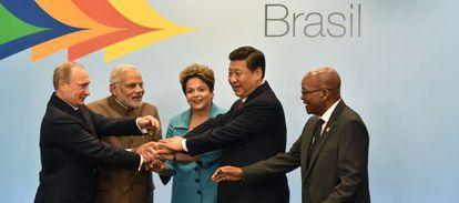Los líderes de los BRICS posan en la cumbre de Fortaleza.