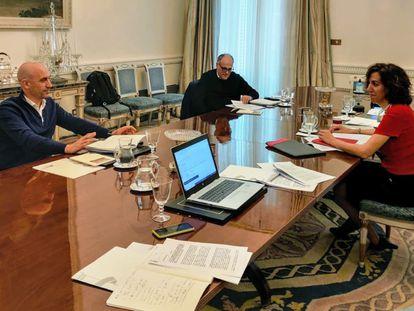 Rubiales, Tebas y Lozano, en la reunión del Palacio de Viana, el sábado 18 de abril.