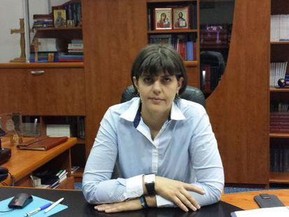 La fiscal jefa de la Dirección Nacioal Anticorrupción de Rumania, Laura Codruta Kovesi, en su despacho, en Bucarest. / M. R. S.