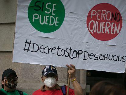Protesta de la Plataforma de Afectados por la Hipoteca (PAH), para exigir una moratoria de desahucios.