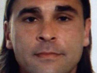 El violador y asesino Guillermo Fernández y su pareja recorrieron más de 4.300 kilómetros en una furgoneta, escapando de la policía