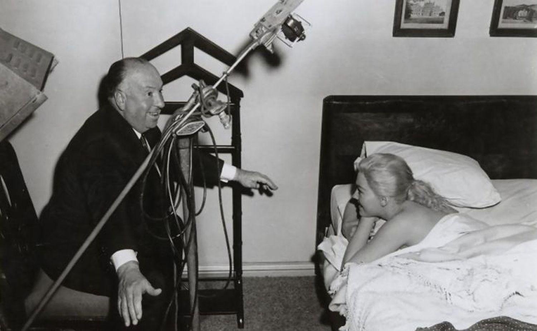 Alfred Hitchcock y Kim Novak, en el rodaje de 'Vértigo'.