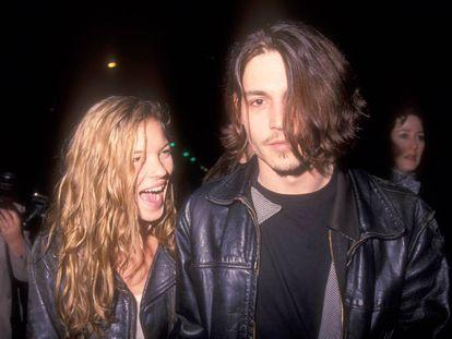 Kate Moss y Johnny Depp estuvieron casi cuatro años juntos. Fueron la locura de los fotógrafos y a ellos les gustaba. Nunca se ocultaron.
