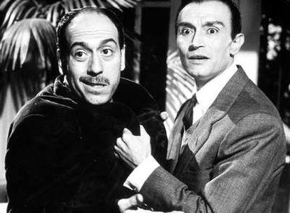 López Vázquez junto a Tony Leblanc en la película sobre la llegada de la televisión a los hogares españoles, estrenada en 1965.