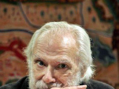 Fotografía de archivo (Barcelona, 2007) del cantautor francés de origen griego Georges Moustaki.