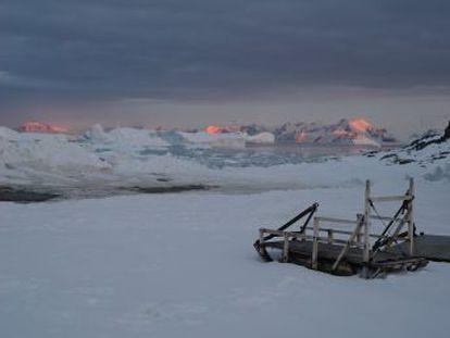 El continente ha perdido tres billones de toneladas de hielo desde el año 1992, según alerta un estudio de medio centenar de organizaciones científicas internacionales