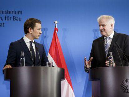 El canciller austríaco acuerda en Berlín reforzar la cooperación con el ministro del Interior alemán, enfrentado a Merkel