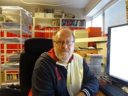 Sverker Johansson en el estudio de su casa, en Falun, Suecia, el pasado 7 de septiembre. Imagen cedida por él mismo.