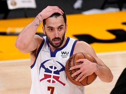 Facundo Campazzo, durante un partido Nuggets-Lakers.