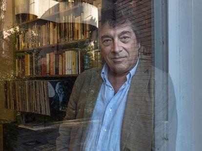 El escritor Italiano Sandro Veronesi, en su casa de Roma en noviembre de 2020.