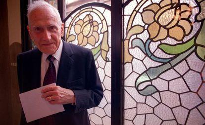 Antoni Badía i Margarit en 2003 cuando recibió el Premio de Honor de las Letras Catalanas.