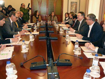 El Consell dará créditos para garantizar la exportación cerámica como en Italia, principal competidor de España
