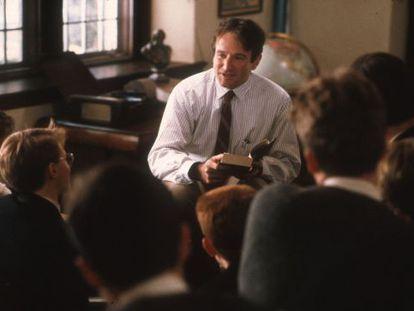 Fotograma de la película 'El club de los poetas muertos'.