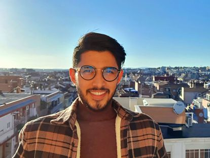 Luis, refugiado LGTBIQ+ de El Salvador, en Madrid.