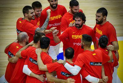 Los jugadores de la seleccion española de baloncesto antes de uno de los partidos del Mundial de China 2019. feb