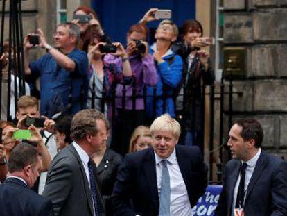 El primer ministro británico anuncia inversiones de 329 millones de euros en Escocia, mayoritariamente contraria al Brexit