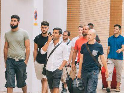 Los evangélicos que han pasado una semana en la cárcel por generar el pánico en el metro de Valencia mantienen que todo fue un malentendido provocado por un joven que los parodió