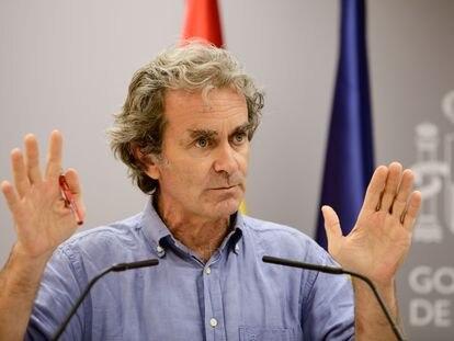 El director del Centro de Coordinación de Alertas y Emergencias Sanitarias (CCAES), Fernando Simón, durante una comparecencia ante los medios en Madrid el 17 de agosto de 2020.