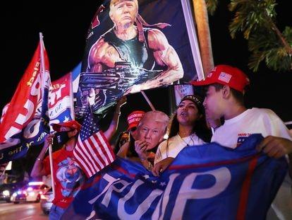 Simpatizantes de Donald Trump se manifiestan en Florida el pasado martes, el día de las elecciones en Estados Unidos.