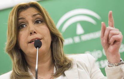 La presidenta de la Junta de Andalucía, Susana Díaz, durante la visita el pasado día 28  al Hospital de Alta Resolución de Utrera (Sevilla),