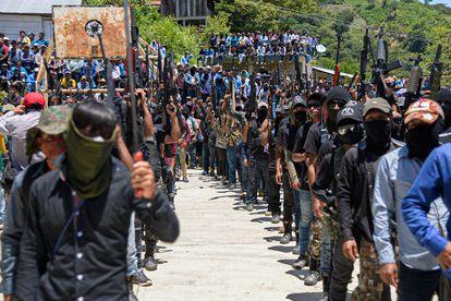 Integrantes del grupo de autodefensa El machete.