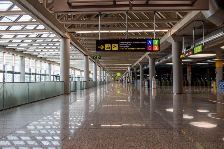 Imagen del aeropuerto de Palma de Mallorca, la pasada semana. EFE/ CATI CLADERA