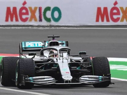 Lewis Hamilton durante los entrenamientos libres en el GP de México 2019.