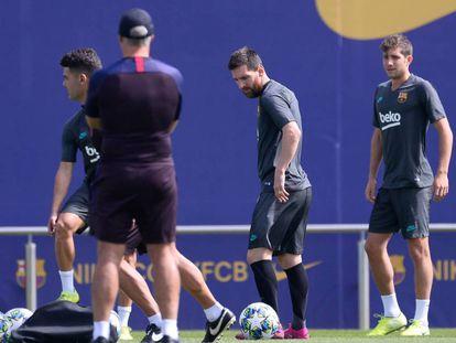 Messi, en el entrenamiento del lunes en la Ciudad Deportiva del Barcelona.