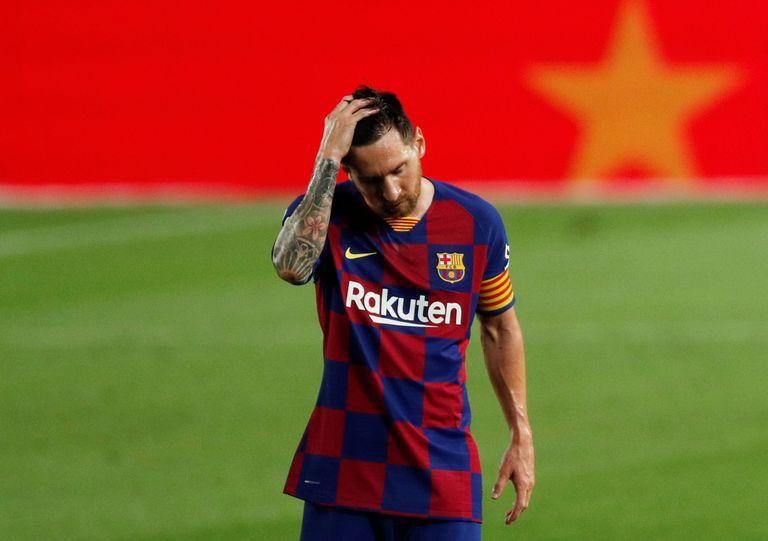 Messi, en el Camp Nou, tras la derrota del Barcelona ante Osasuna.