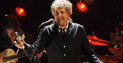 Bob Dylan, durante una actuación en Los Ángeles.